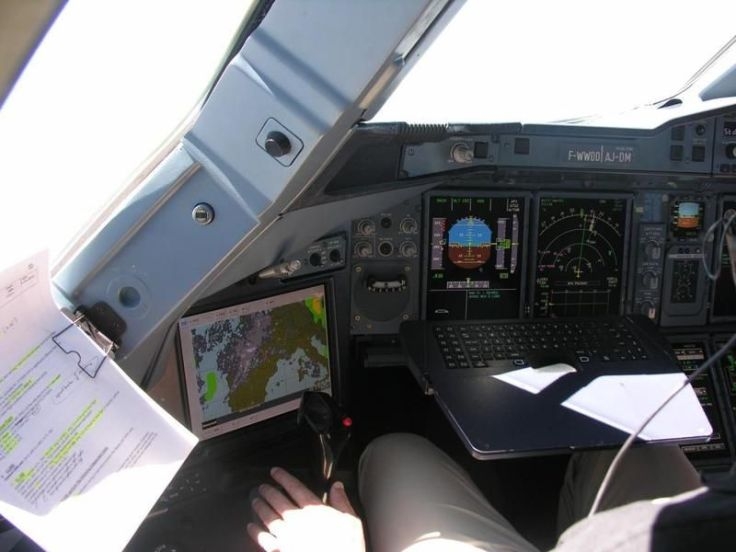 Airbus-facetime-for-pilots-1.jpg