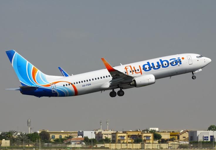 Flydubai_Boeing_737-800_(A6-FDN).jpg